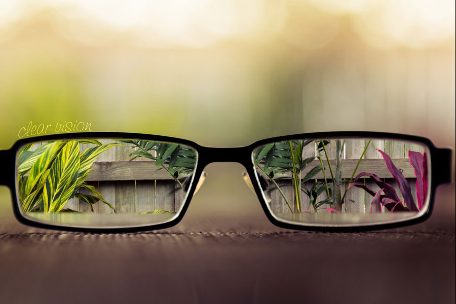 4 Ways to Improve Your Vision Naturally