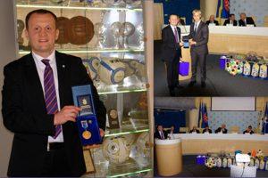 Yuriy Verhman with the honourable award